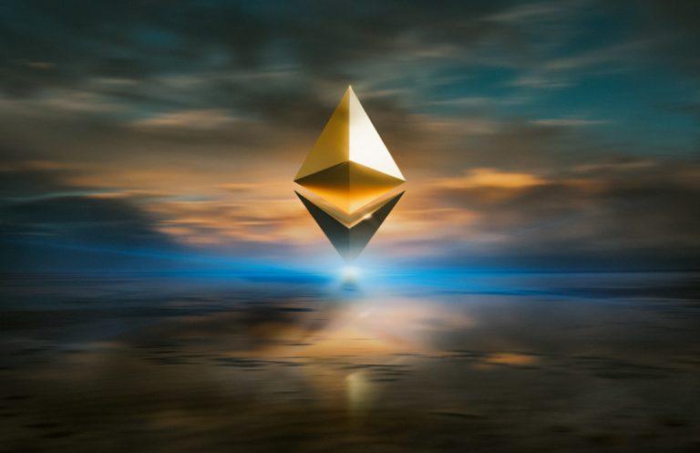 pyramid-in-cloud